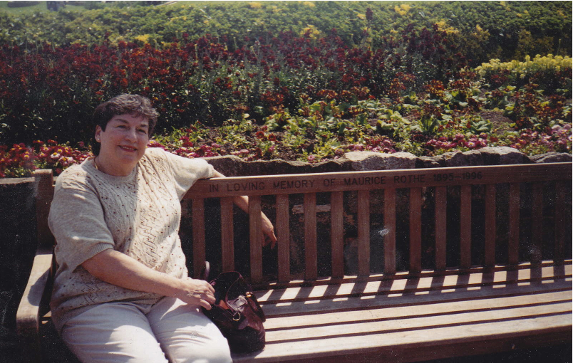 Viv Barloga @ Granpa's Bench